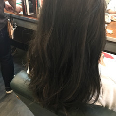 外国人風 暗髪 グレー ミディアム ヘアスタイルや髪型の写真・画像