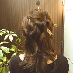 ヘアアレンジ フェミニン アッシュ ロング ヘアスタイルや髪型の写真・画像
