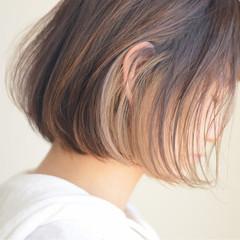 インナーカラー ナチュラル ラフ ハイライト ヘアスタイルや髪型の写真・画像