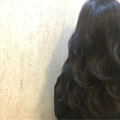 イルミナカラー 暗髪 ブルージュ 艶髪 ヘアスタイルや髪型の写真・画像