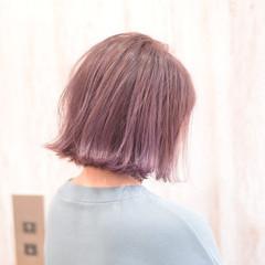 フェミニン ミルクティーグレージュ ミルクティーベージュ ミルクティー ヘアスタイルや髪型の写真・画像