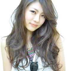 外国人風 大人かわいい 渋谷系 ゆるふわ ヘアスタイルや髪型の写真・画像