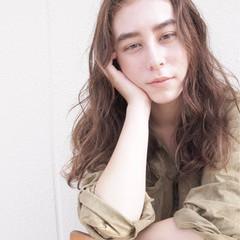 ロング ハイライト ニュアンス ナチュラル ヘアスタイルや髪型の写真・画像