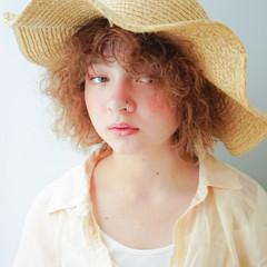 ミディアム ストリート デジタルパーマ ショートボブ ヘアスタイルや髪型の写真・画像