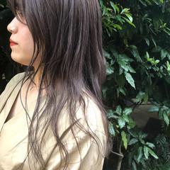 ラベンダーグレージュ セミロング シースルーバング ピンクラベンダー ヘアスタイルや髪型の写真・画像