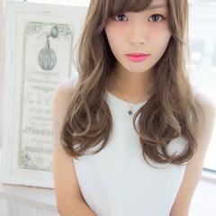 外国人風 アッシュ ガーリー パーマ ヘアスタイルや髪型の写真・画像