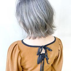 切りっぱなしボブ 透明感カラー グレージュ ボブ ヘアスタイルや髪型の写真・画像