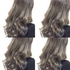 セミロング グラデーションカラー 外国人風 暗髪 ヘアスタイルや髪型の写真・画像