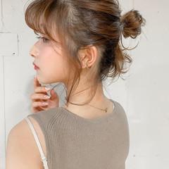 小顔 簡単ヘアアレンジ セミロング シニヨン ヘアスタイルや髪型の写真・画像