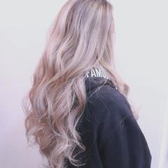 グラデーションカラー バレイヤージュ 冬 ロング ヘアスタイルや髪型の写真・画像