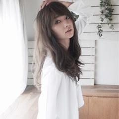 フェミニン パーマ 大人かわいい 暗髪 ヘアスタイルや髪型の写真・画像