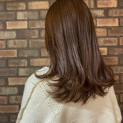透明感 イルミナカラー ナチュラル セミロング ヘアスタイルや髪型の写真・画像