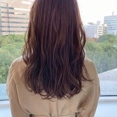 ナチュラル 巻き髪 透明感 似合わせカット ヘアスタイルや髪型の写真・画像