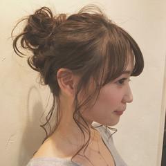 ナチュラル 簡単ヘアアレンジ セミロング こなれ感 ヘアスタイルや髪型の写真・画像