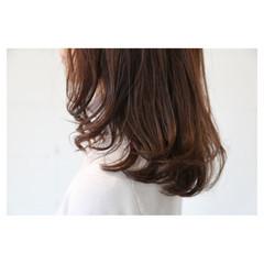 大人女子 大人かわいい イルミナカラー 抜け感 ヘアスタイルや髪型の写真・画像
