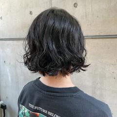 ボブ ゆるふわパーマ  インナーカラー ヘアスタイルや髪型の写真・画像