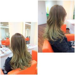 グラデーションカラー ミルクティー アッシュ 外国人風 ヘアスタイルや髪型の写真・画像