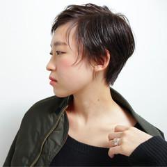 春 ショート 艶髪 ベリーショート ヘアスタイルや髪型の写真・画像