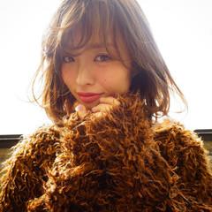 フェミニン バレイヤージュ ボブ アッシュグレージュ ヘアスタイルや髪型の写真・画像