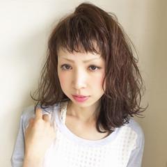 ストリート 外国人風 ミディアム 外ハネ ヘアスタイルや髪型の写真・画像