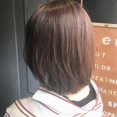 ナチュラル ラベンダーグレージュ 大人カジュアル ヘアアレンジ ヘアスタイルや髪型の写真・画像