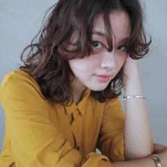 シースルーバング パーマ 外国人風 ウェーブ ヘアスタイルや髪型の写真・画像
