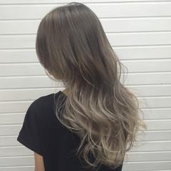 外国人風 秋 エレガント ロング ヘアスタイルや髪型の写真・画像