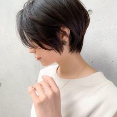 前髪あり 大人かわいい ショート グレージュ ヘアスタイルや髪型の写真・画像