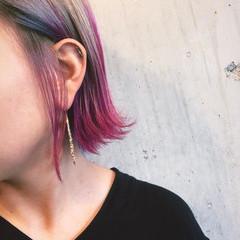 ブリーチカラー 濡れ髪スタイル カラーバター グラデーションカラー ヘアスタイルや髪型の写真・画像