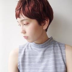 アウトドア 小顔 色気 ハイトーン ヘアスタイルや髪型の写真・画像