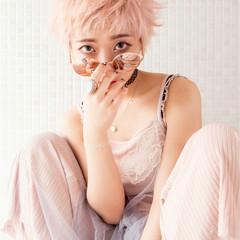 ショート ピンク ハイトーン ピュア ヘアスタイルや髪型の写真・画像