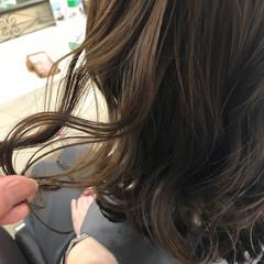 ボブ ウェットヘア 切りっぱなし ナチュラル ヘアスタイルや髪型の写真・画像