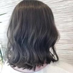 ミディアム イルミナカラー 艶カラー 透明感カラー ヘアスタイルや髪型の写真・画像