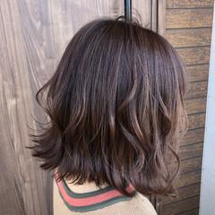 アッシュベージュ ミニボブ ショートボブ ベージュ ヘアスタイルや髪型の写真・画像