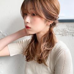 ミルクティーベージュ ミディアム ナチュラル レイヤーカット ヘアスタイルや髪型の写真・画像