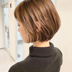 大人かわいい ショートヘア ショートボブ オフィス ヘアスタイルや髪型の写真・画像