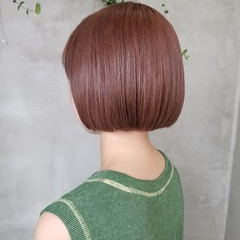 ボブ ナチュラル ピンクベージュ イルミナカラー ヘアスタイルや髪型の写真・画像