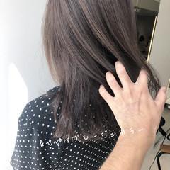 ナチュラル セミロング インナーカラー ヘアスタイルや髪型の写真・画像