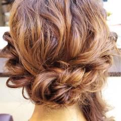 ナチュラル 大人かわいい ヘアアレンジ セミロング ヘアスタイルや髪型の写真・画像