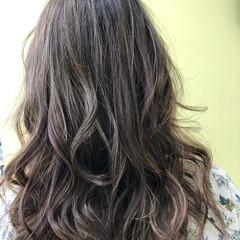 外国人風カラー ロング デート エレガント ヘアスタイルや髪型の写真・画像