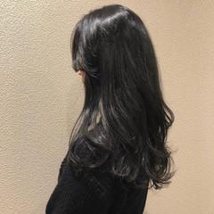黒髪 フェミニン 暗髪 レイヤーロングヘア ヘアスタイルや髪型の写真・画像