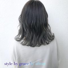 外国人風 アッシュ ミディアム 外国人風カラー ヘアスタイルや髪型の写真・画像