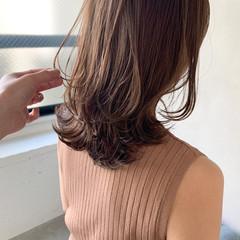 こなれ感 ミディアム アンニュイほつれヘア ミディアムレイヤー ヘアスタイルや髪型の写真・画像