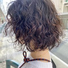 ナチュラル ウルフパーマ ボブ ミニボブ ヘアスタイルや髪型の写真・画像