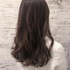 セミロング イルミナカラー 似合わせ フェミニン ヘアスタイルや髪型の写真・画像