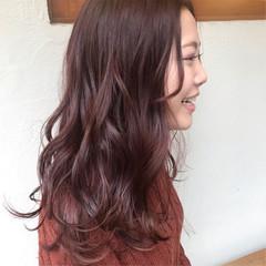 ピンクブラウン ベリーピンク ナチュラル ピンク ヘアスタイルや髪型の写真・画像