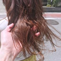 ブリーチなし アプリコットオレンジ カッパー ロング ヘアスタイルや髪型の写真・画像