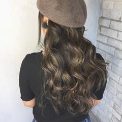 ハイライト グラデーションカラー 外国人風 ロング ヘアスタイルや髪型の写真・画像