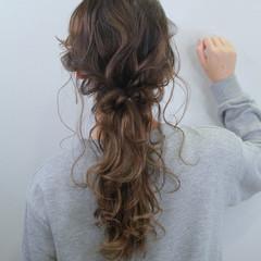 ヘアアレンジ ナチュラル 編みおろしヘア セミロング ヘアスタイルや髪型の写真・画像