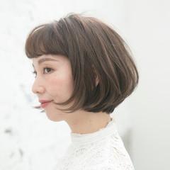 フェミニン ショートヘア ツヤ髪 ボブヘアー ヘアスタイルや髪型の写真・画像